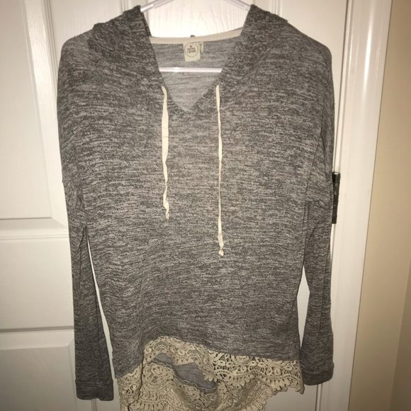 Tops - Boutique Hooded T-shirt with Lace Bottom